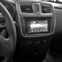 Incar RFR-N33S для Renault Logan, Sandero рамка для магнитолы